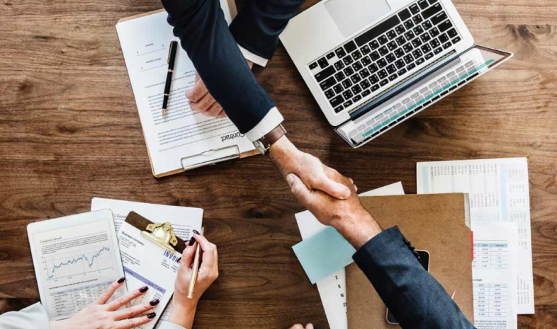 Calderbank Offer   Contracts Specialist